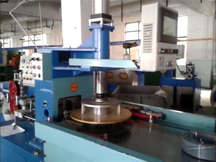 wire coiler machine